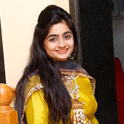 Mrs. Deepal Jain - Trustee - Smile Ngo