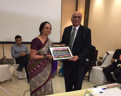 Mrs Anaxi Shah Receives Special Award
